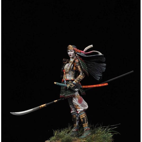TOMOE GOZEN, battle of Azawu, 1184